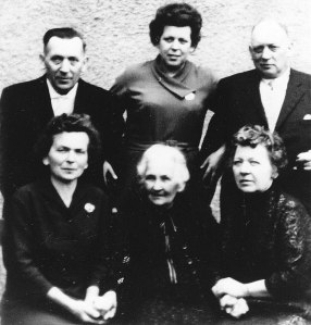 Paternal Grandmother with her five children. Left to right in rear: Curt, Lisa and Erich. Irene on Granny's right and Gertrud (Tutti) on her left.