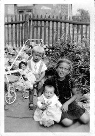 Siegfried, Lisa and baby Gila