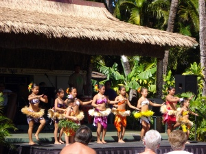 Young Hula dancers