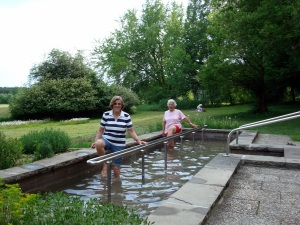 Very refreshing water stepping